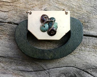 pretty breastplate, antique gold pendant, exotic wood and polished gemstones 50 * 45mm