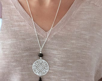 Necklace silver and black bead tassel necklace
