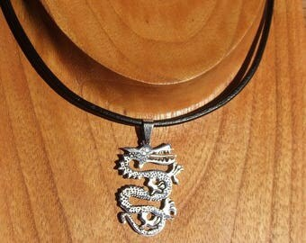 Necklace black leather and crafted in shiny silver color stainless steel Dragon pendant