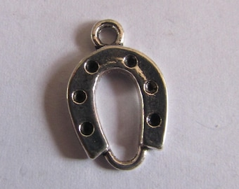 set of 2 silver 18mmx12mm Horseshoe charms