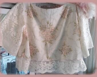 ADORABLE top shabby chic cotton pastel romantic, vintage lace