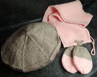 Beret, scarf and mittens set