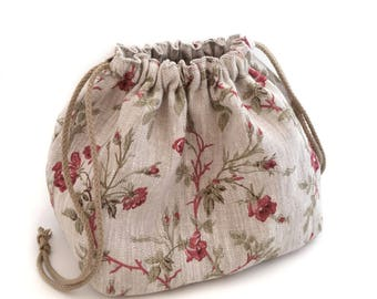 Pouch in linen natural flower pattern