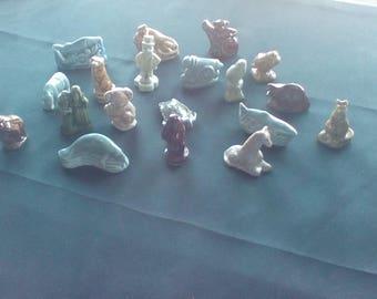 Vintage rose tea figurines/Wade figurines