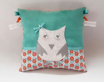 "Cushion tactile ""OWL"" - Visual and sensory discovery."