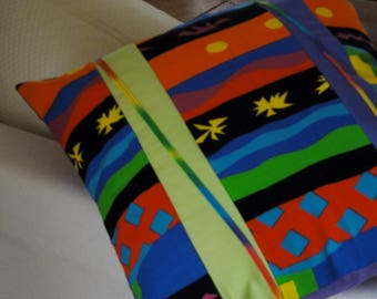 """Creole challenge"" pillow in cotton. Decorated with mixed through."