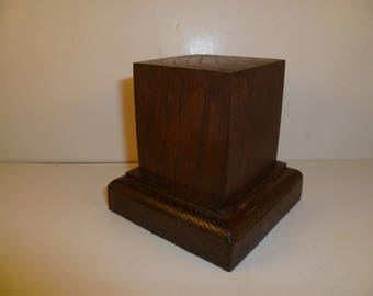 Made with beech and oak schc10 for figurines square wood base