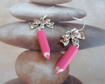 Colored pencils and charms knots - fimo - sclolaire school - teacher gift...