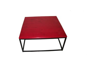 Red and black coffee table style industrial and original wood and steel