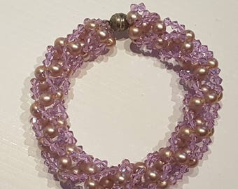 PURPLE PEARLY BEADS AND SWAROVSKI CRYSTAL BRACELET