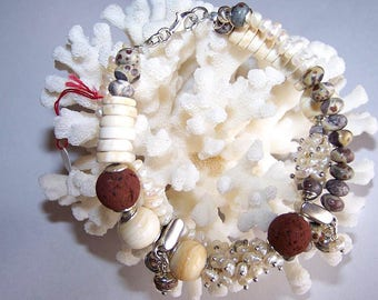 """Dalmatian"" 925 Silver and pearl bracelet"