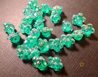 Transparent green synthetic flower beads