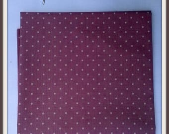 Coupon fabrics of Mas D'ousvan purple dots