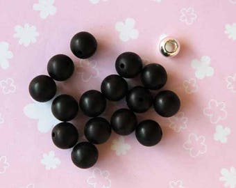 resin Black 10mm 15 beads