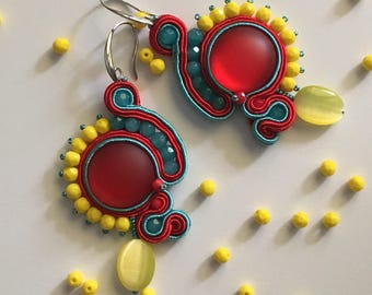 Blue coral and yellow coral earrings with central cabochon and drop