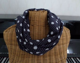 snood scarf Navy Blue and white