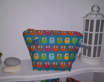 toilet bag with blue OWL