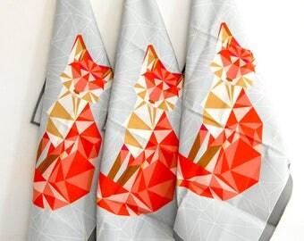 Torchon de cuisine lin coton imprimé encre biologique renard géométrique fond gris avec lien d'acroche-kitchen teatowel geodesic fox pattern