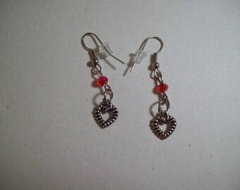 pair of earrings heart shape
