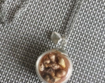 NECKLACE SILVER GLOBE GLASS SAND BROWN SENEGAL AND NATURAL SHELLS