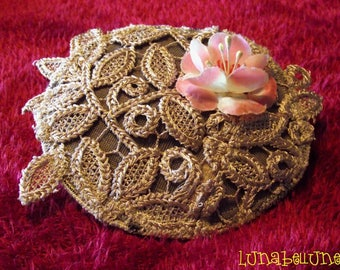 Hair clip textile round beige lace and fabric flower