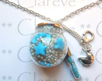 THE GLASS PENDANT AND NECKLACE BLOWS MANUALLY 30MM
