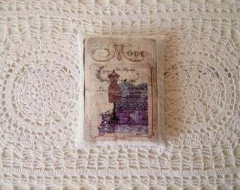 Lavender sachet in linen, retro