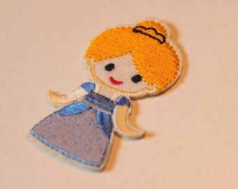 1 x badge embroidered - Cendrillon Princess - A stick or sew - child