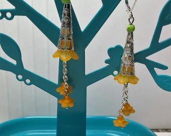Long earrings orange and green flowers