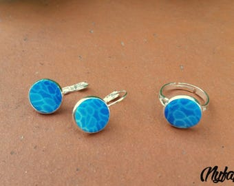 Earrings background swimming pool blue variation