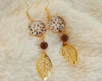 "Gold leaf and earrings pendants print ""stains"""