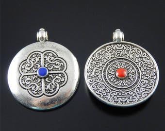 ethnic silver pendant 26 * 24 * 4 mm