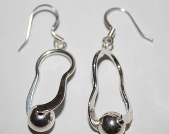 Dangle earring, silver Metal