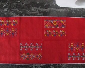 Folk cross stitch pattern embroidery