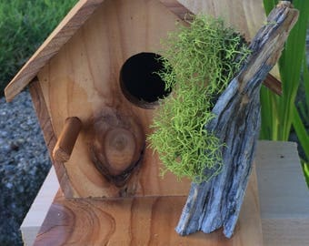 Repurposed Wood Birdhouse