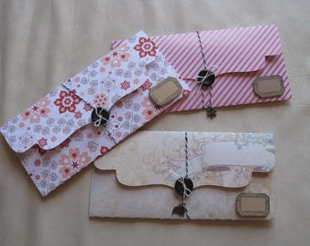 Gift bags, cards, flowers, shabby, stripes, charm, kraft label