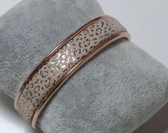 Rose gold Bangle is 1 cm beige metal leopard