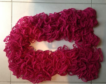 Lace ruffle effect scarf
