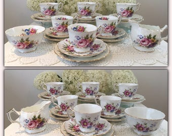 20 pieces vintage tea set by AYNSLEY fine english bone china