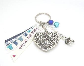 "Door keys or bag charm birth ""Baby has arrived"" blue"