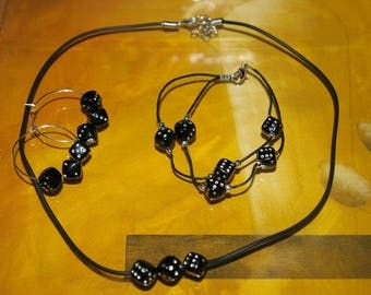 Set 3 pieces of black and silver bead
