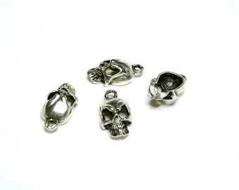 Charm / ZAMAK Metal pendant - death's head (19x10mm) - with 1.9 mm eye)-old silver