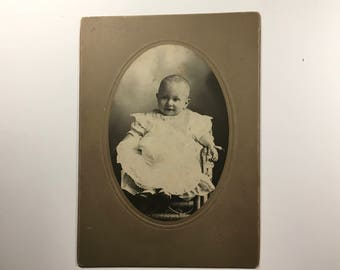 Cabinet Card photograph of child, Hessel photographer Warsaw, Indiana