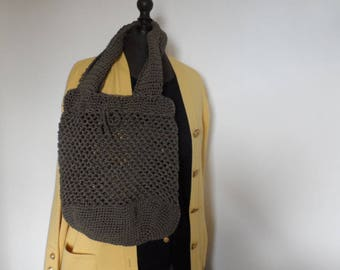 Bag crocheted in cotton yarn