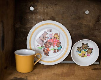 Vintage Oneida Deluxe Melamine Plastic Goldilocks and The Three Bears Kid's Plate & Cup set Child's Dishes