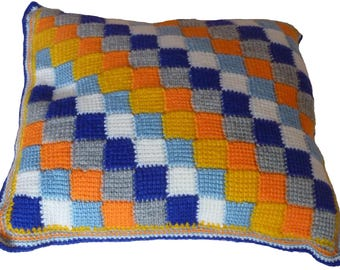 To order cushion in Tunisian crochet 40 x 40 cm
