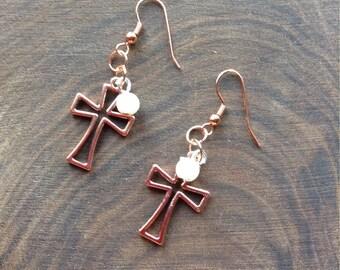 Copper cross with pearl earrings