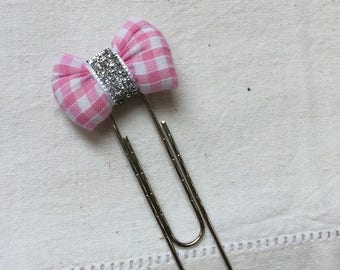 Bookmark with pink and white Gingham Bow