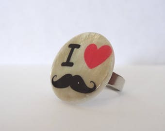 Ring I love mustache black, red and beige