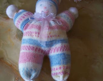 Pixie pink, blue and white blanket